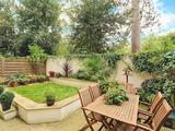 Thumbnail image 2 of Bisham Gardens