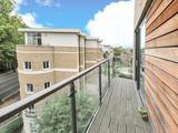 Thumbnail image 4 of Kennington Road