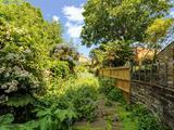 Thumbnail image 4 of Hanover Gardens