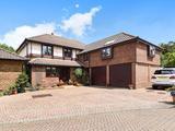 Thumbnail image 1 of Manorfields Close