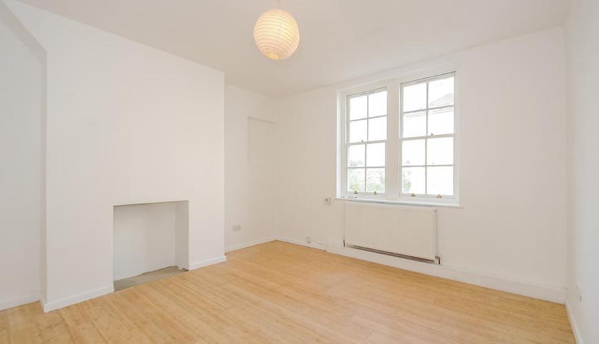 Photo of Peabody Estate, Fulham Palace Road