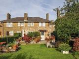 Thumbnail image 3 of Hawkslade Road