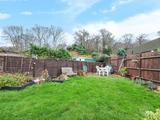 Thumbnail image 4 of Rosslyn Close