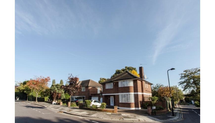Photo of Ashbourne Road