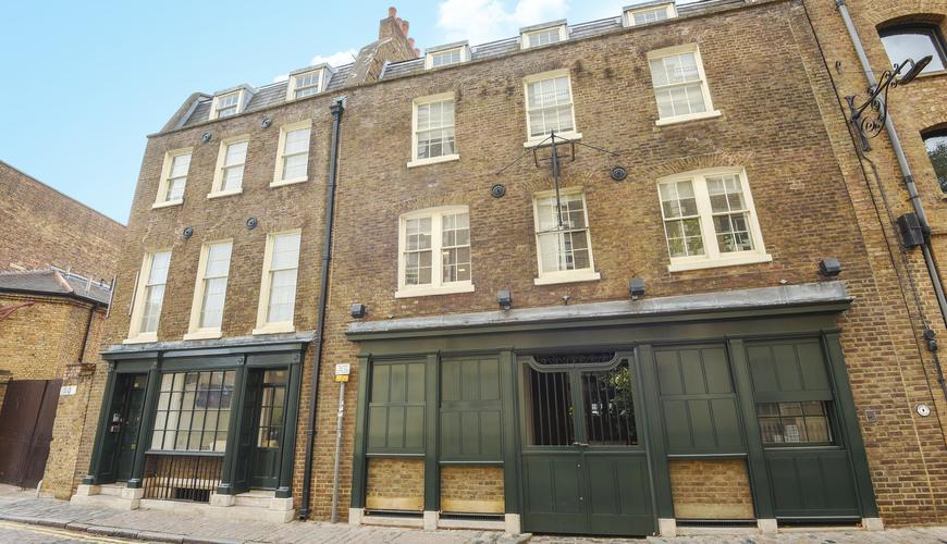Photo of 110 Wapping High Street
