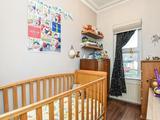 Thumbnail image 9 of Gainsborough Road