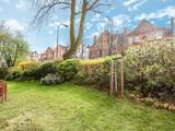 Thumbnail image 3 of Broadhurst Gardens