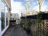 Thumbnail image 14 of Dryden Close