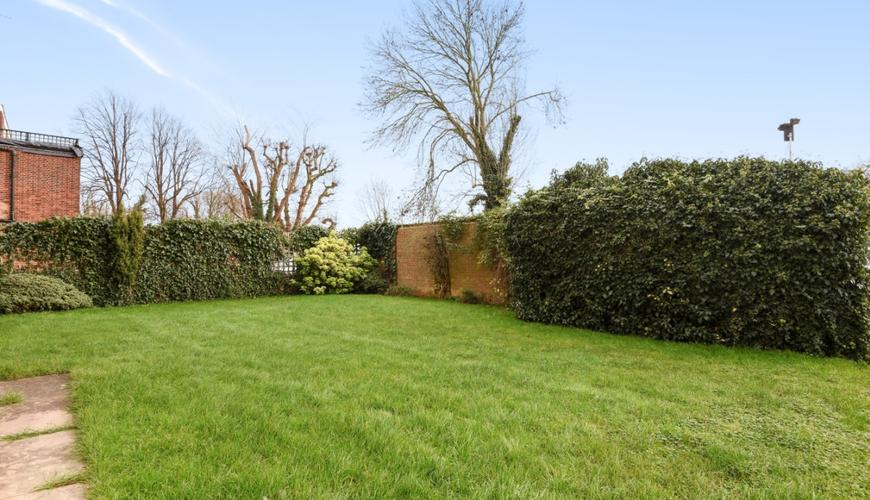 Photo of Torrington Park
