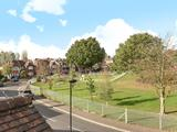 Thumbnail image 16 of Oakwood Crescent