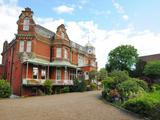Thumbnail image 2 of Putney Hill
