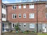 Thumbnail image 4 of Bethersden Close