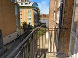 Thumbnail image 16 of Rotherhithe Street