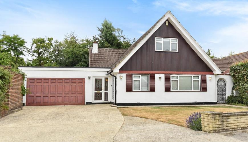 Photo of Hardcourts Close