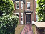 Thumbnail image 13 of Merton Hall Road