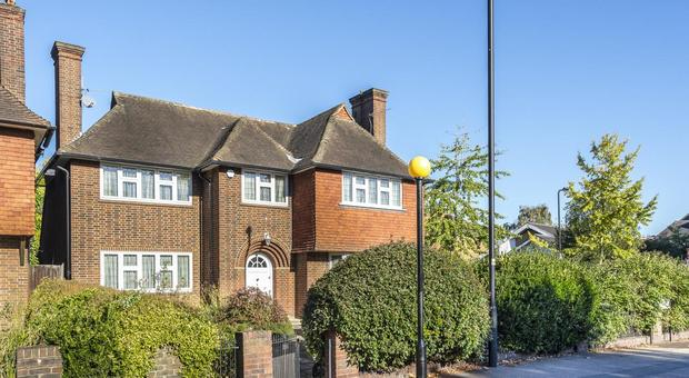 Bedford Hill Streatham Sw16 5 Bedroom House For Sale