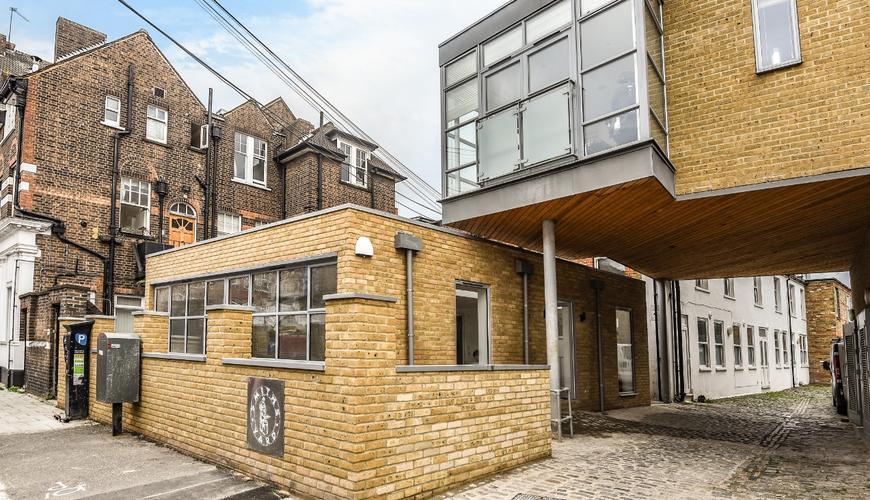 Photo of 21 Smiths Yard, Summerley Street