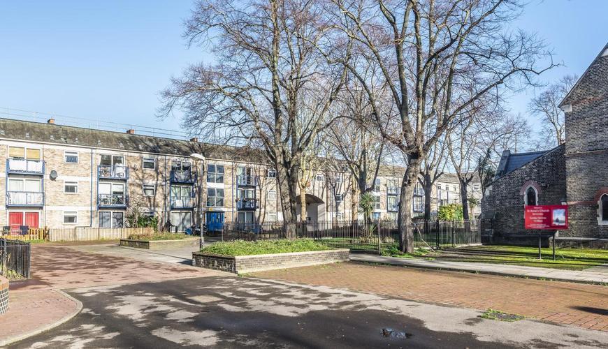 Photo of Thorburn Square