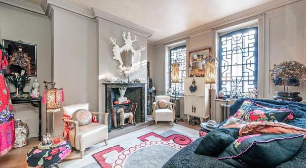 Mile End Road Stepney E1 4 Bedroom House For Sale