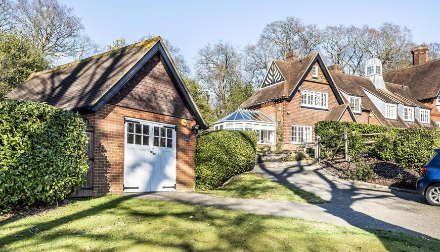 Photo of Baston Manor Road