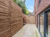 Thumbnail image 13 of Finchley Road