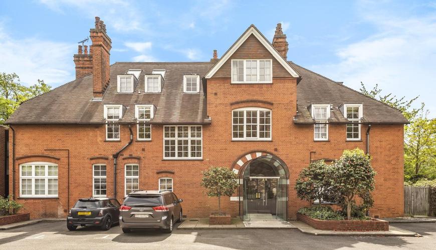 Photo of The Gatehouse, Hogarth Lane