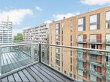 Thumbnail image 6 of Grosvenor Waterside