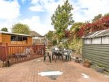 Thumbnail image 9 of Holmesdale Close