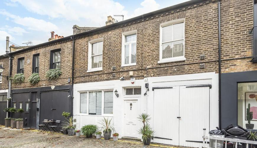 Photo of Russell Gardens Mews