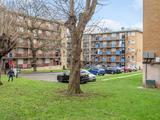 Thumbnail image 8 of Kingswood Estate