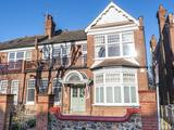 Thumbnail image 1 of Queens Avenue