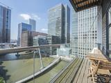 Thumbnail image 4 of South Quay Square
