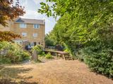Thumbnail image 11 of Vicarage Drive