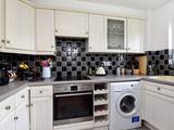 Thumbnail image 3 of Selhurst Close