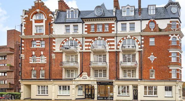 Lower Richmond Rd, London SW15, UK - Source: Kinleigh Folkard & Hayward (K.F.H)
