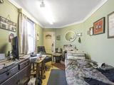 Thumbnail image 9 of Ravenswood Road