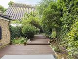 Thumbnail image 6 of Warwick Gardens