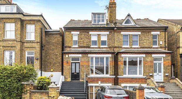 Clarendon Dr, London SW15, UK - Source: Kinleigh Folkard & Hayward (K.F.H)