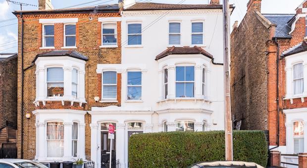 Mexfield Rd, London SW15, UK - Source: Kinleigh Folkard & Hayward (K.F.H)
