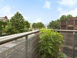 Thumbnail image 2 of Newington Causeway