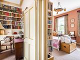 Thumbnail image 12 of Bickerton Road