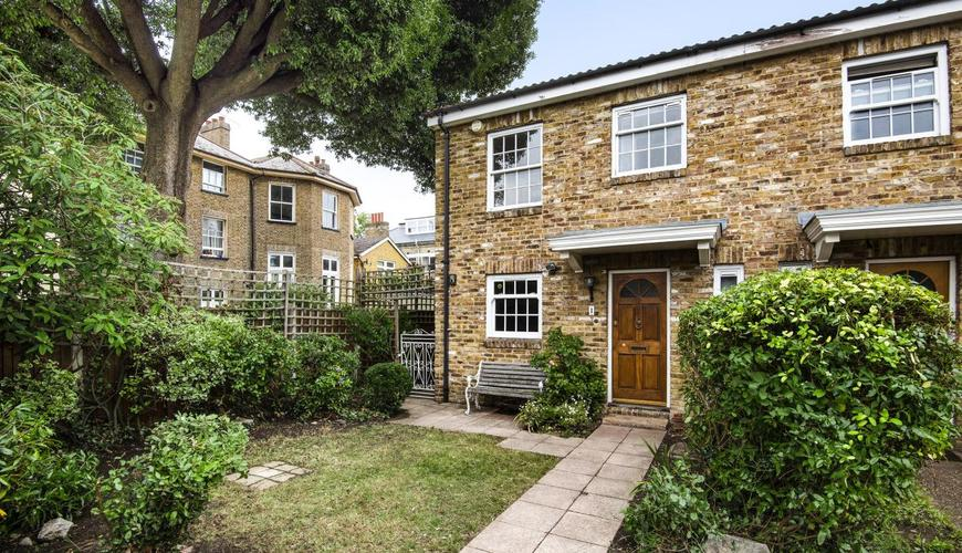 Photo of Balfour Place