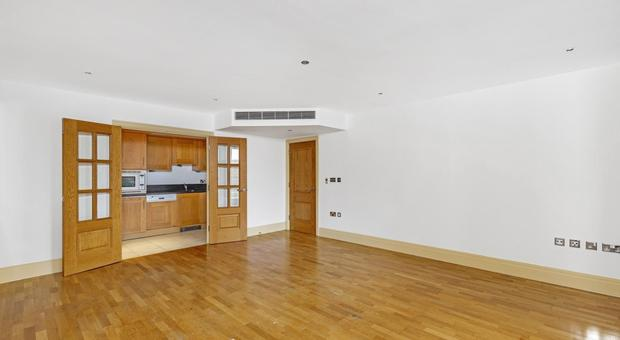 Regency House, The Blvd, London SW6 2SB, UK - Source: Kinleigh Folkard & Hayward (K.F.H)