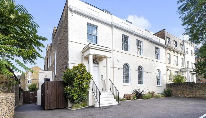Photo of Clapham High Street