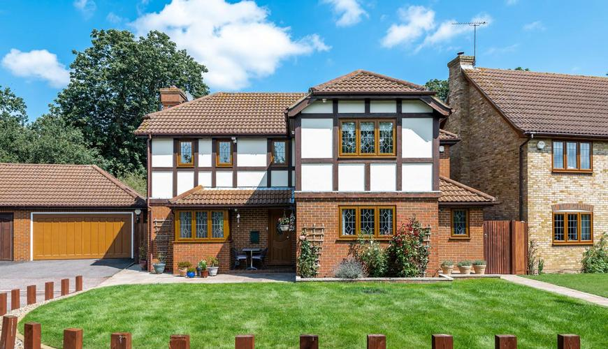 Photo of Long Meadow Close