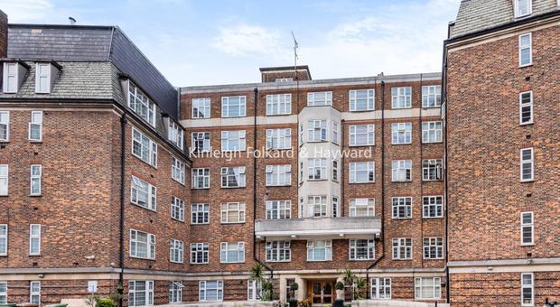 College Cres, London NW3, UK - Source: Kinleigh Folkard & Hayward (K.F.H)